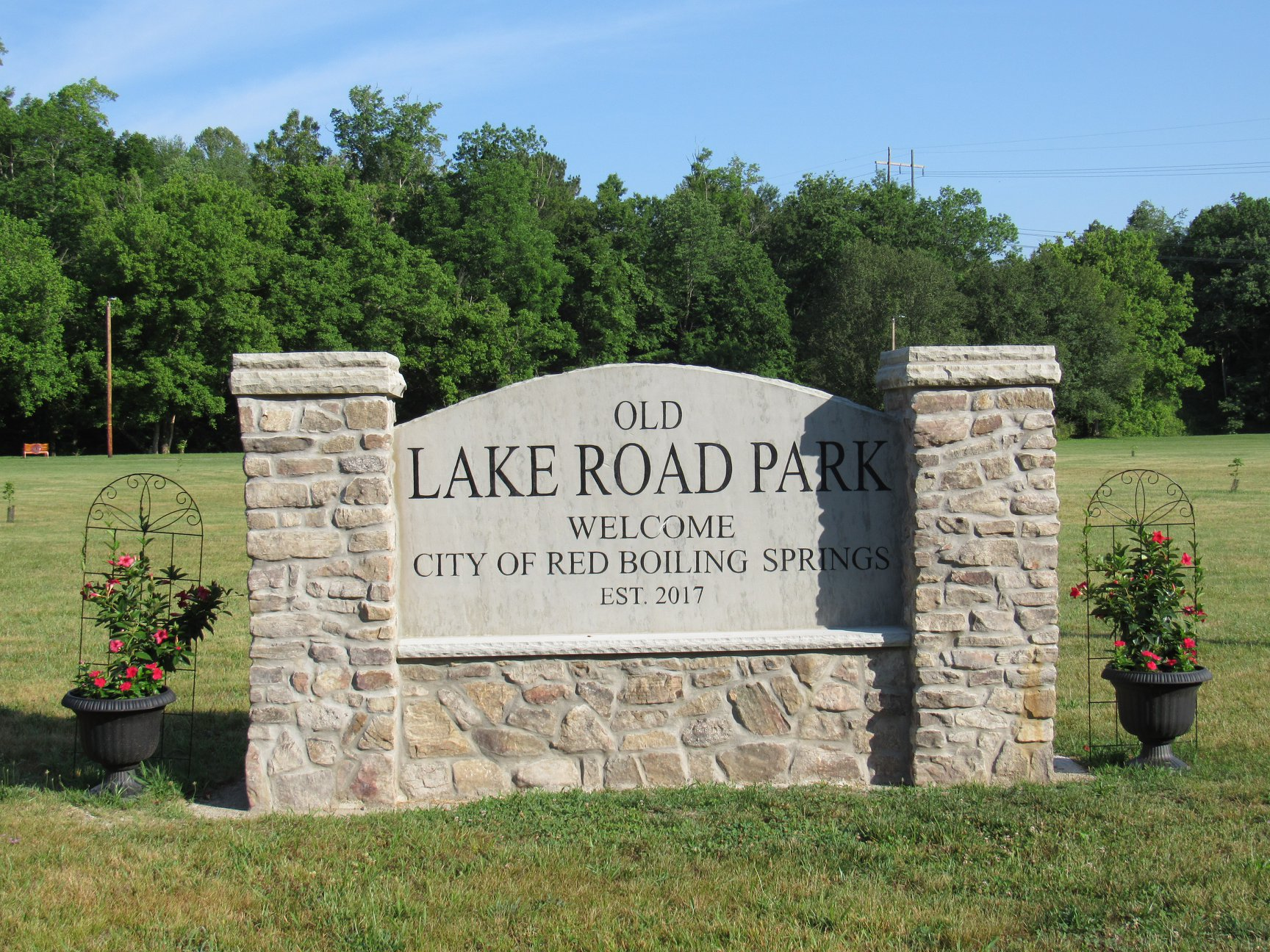 Old Lake Road